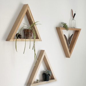 WoodTriangleShelf5